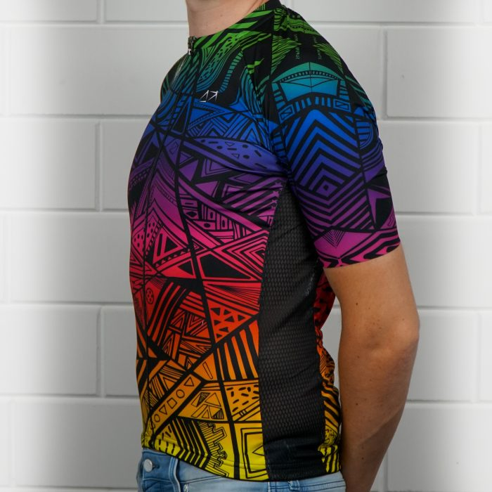 Colorflow Madness cycling jersey fitting